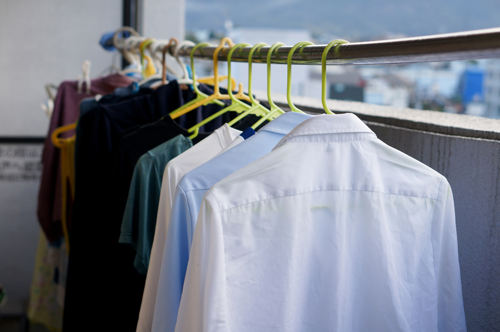 dual-income-laundry_01